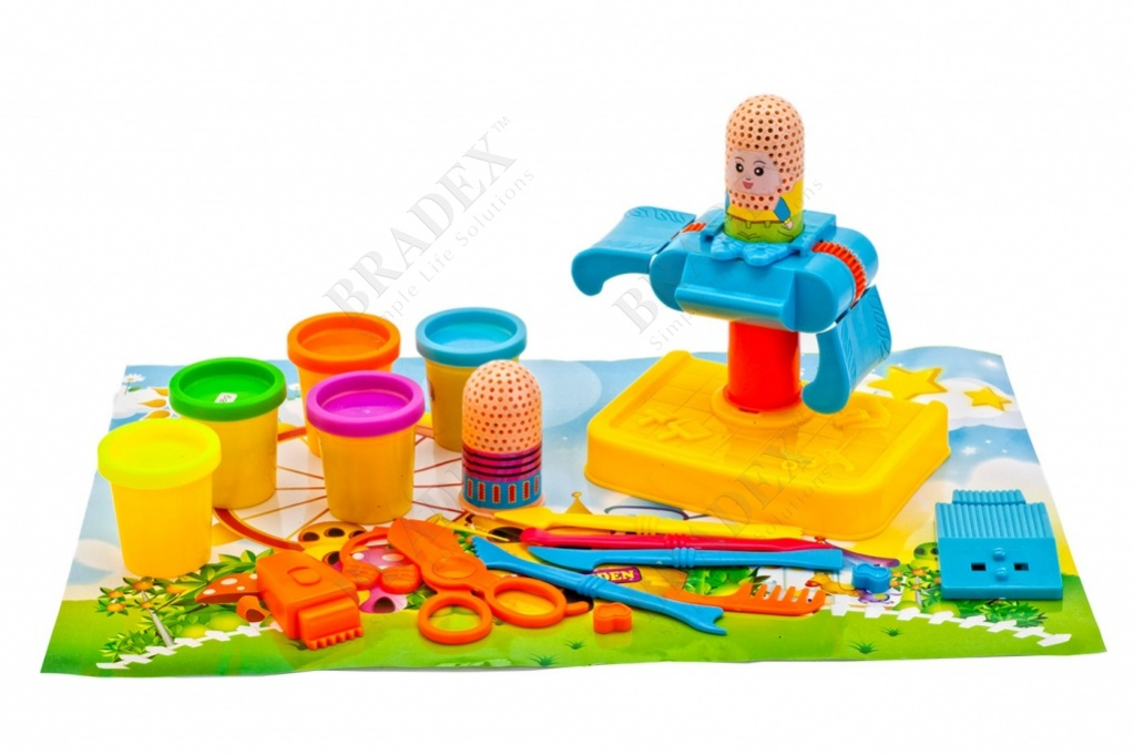 Набор пластилина с формочками «парикмахерская» (play dough with the hairdresser chair, heads and hair moulds to make hairdoo)