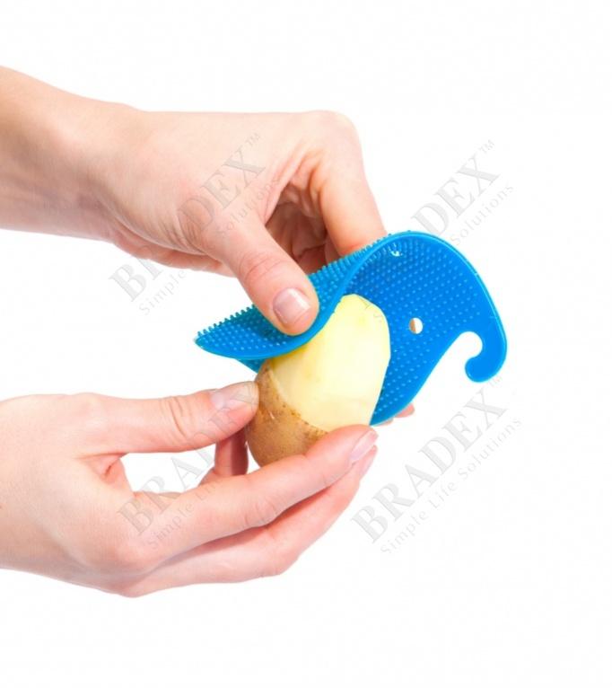Губка для чистки овощей и фруктов многофункциональная, синяя (cleaner blue)