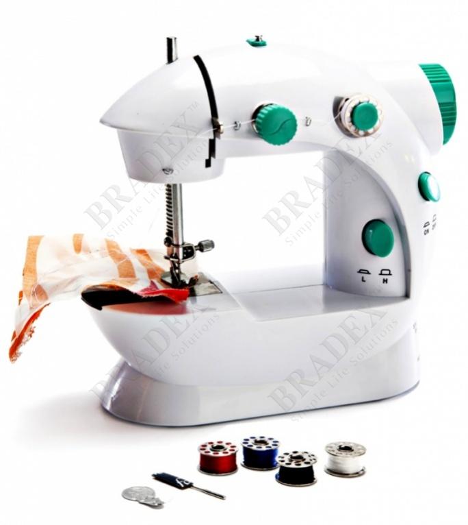 Машинка швейная, компактная «портняжка» (sewing machine)