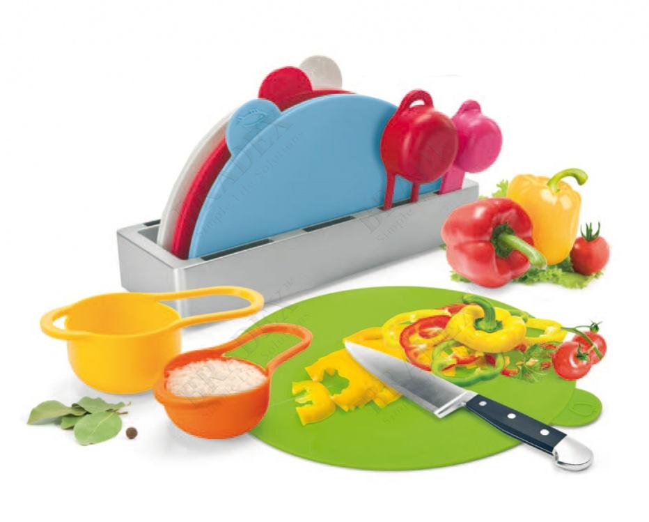 Набор складных разделочных досок с мерными емкостями и подставкой «восход» (plastic folding chopping board with measuring cup)